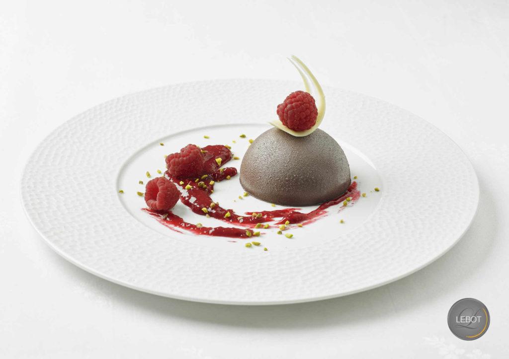Dôme chocolat - traiteur mariage 44 - dessert repas assis